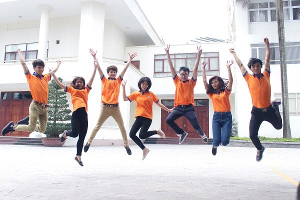 http://itplus-academy.edu.vn/upload/4-6/vui%20choi.jpg